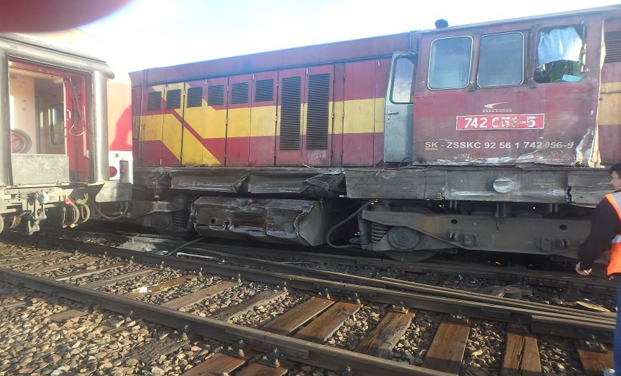 Zrážka vlaku a rušňa Plešivec, foto 4