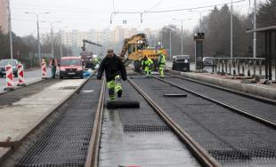 Práce na stavbe modernizácie električkových tratí v Košiciach