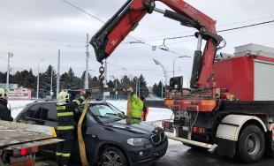 Policajná naháňačka, muži z Litvy ukradli BMW